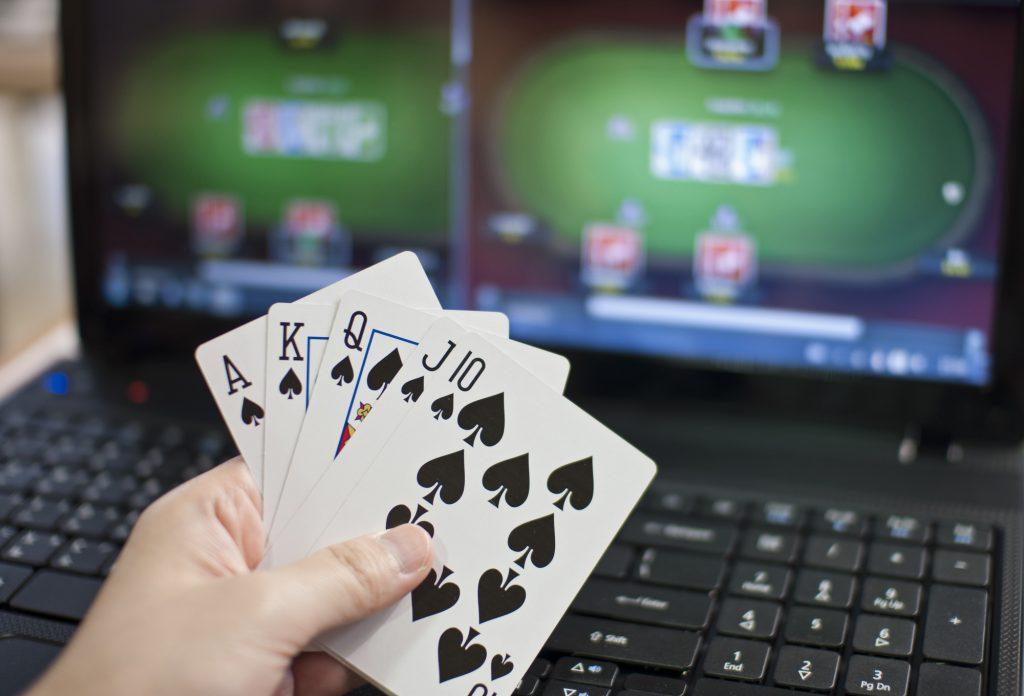 online poker card game